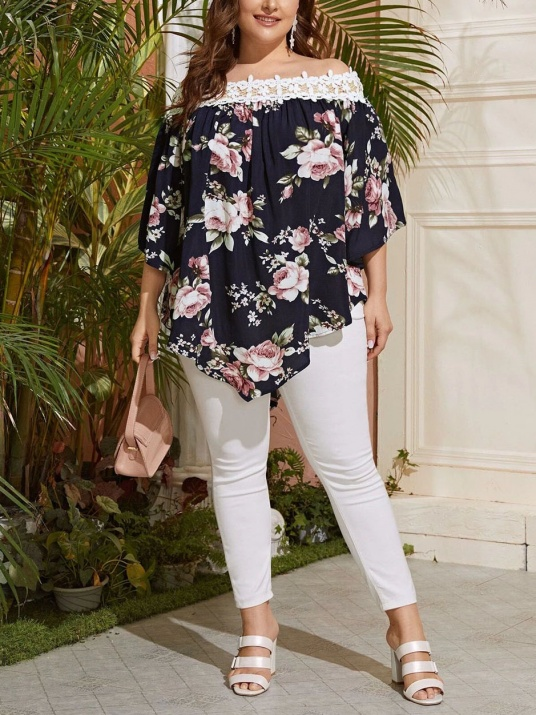 Bluză cu imprimeu floral și dantelă